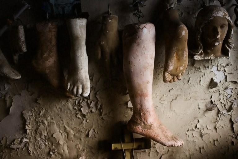 various feet