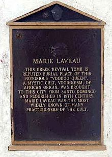 plaque at the grave of the voodoo queen